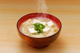 【男の味噌汁】東京の辛い味噌を一工夫で甘いお味噌汁にする方法